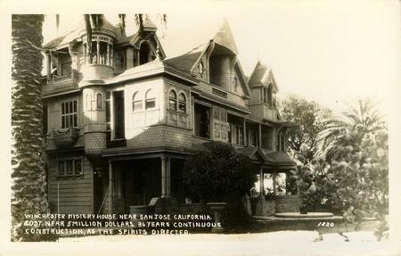 Особняк Винчестер. Дом, спроектированный призраками. Изображение № 1.