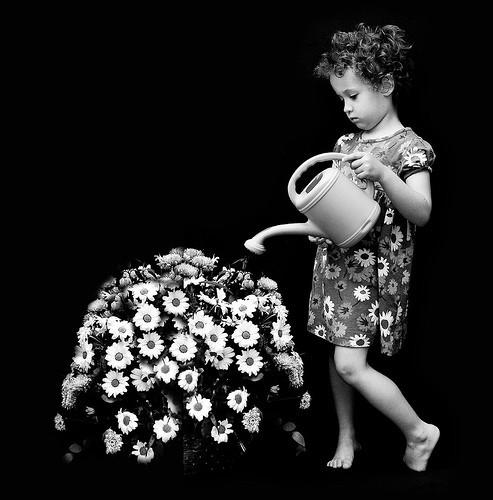 Детство, похожее наигрушечных пупсов. byJaime Monfort. Изображение № 45.