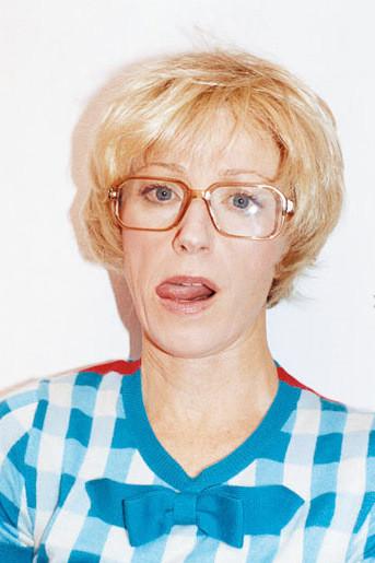 Лицом новой коллекции M.A.C стала фотограф Синди Шерман. Изображение № 5.