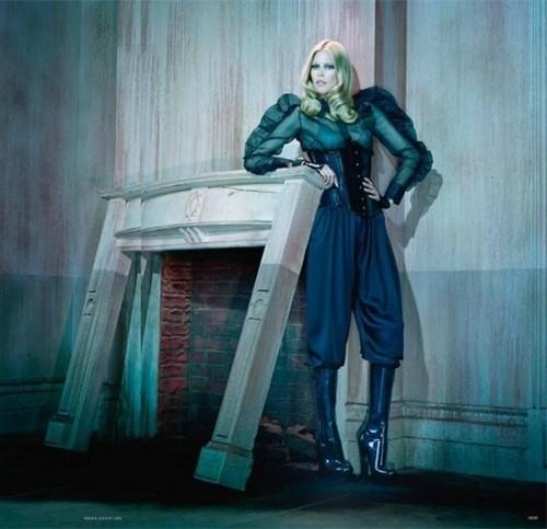 Съёмка: Клаудия Шиффер для немецкого Vogue. Изображение № 4.