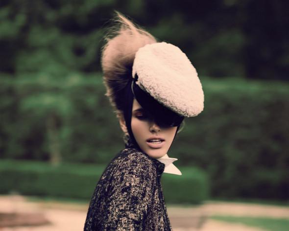 Съемка: Тэрин Дэвидсен для сентябрьского Elle Канада. Изображение № 6.