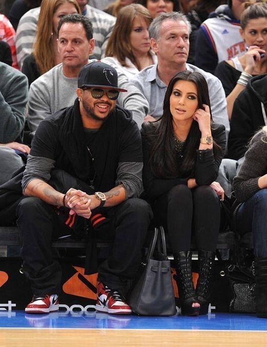 Изображение 2. The-Dream и Kim Kardashian на игре Knicks в Madison Square Garden.. Изображение № 1.