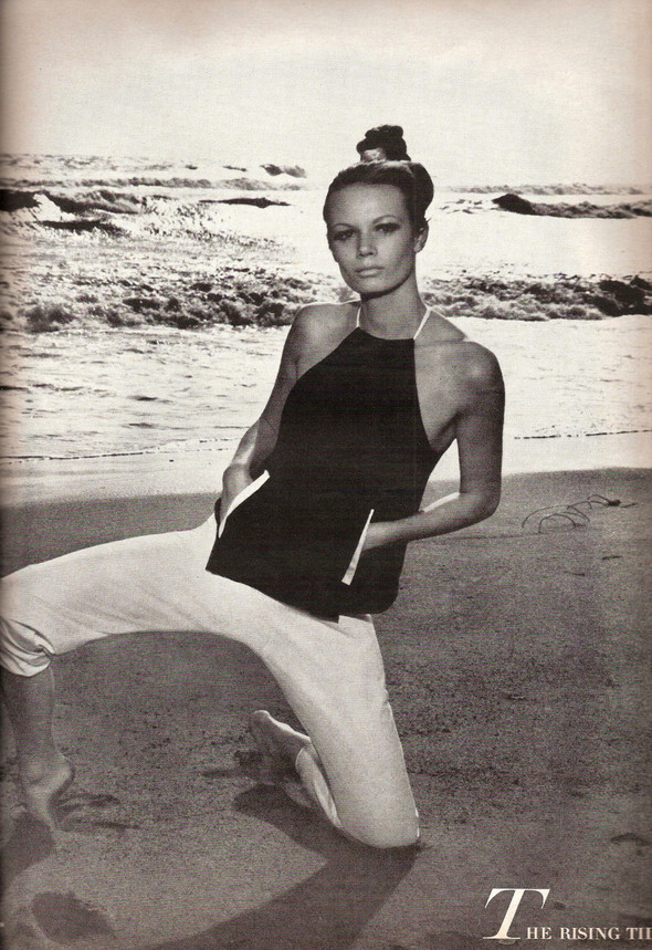 Архивная съемка: Хельмут Ньютон для Vogue. Изображение № 6.