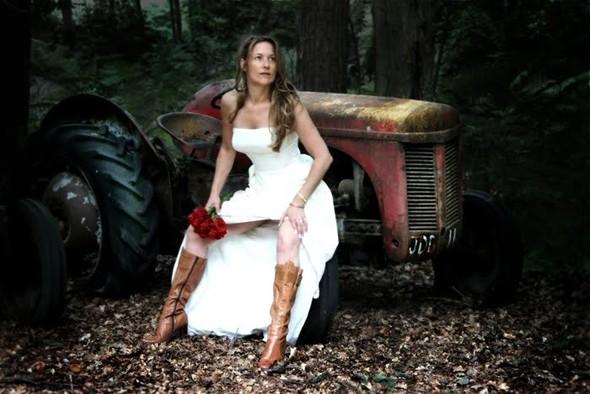 Trash the Dress: смерть свадебному платью!. Изображение № 26.
