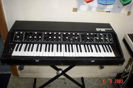 Старые советские синтезаторы. Изображение № 3.