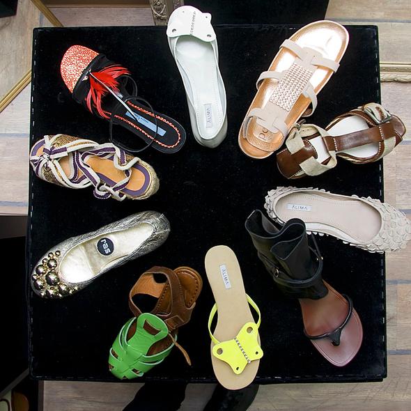 Испанская обувь. Изображение № 4.
