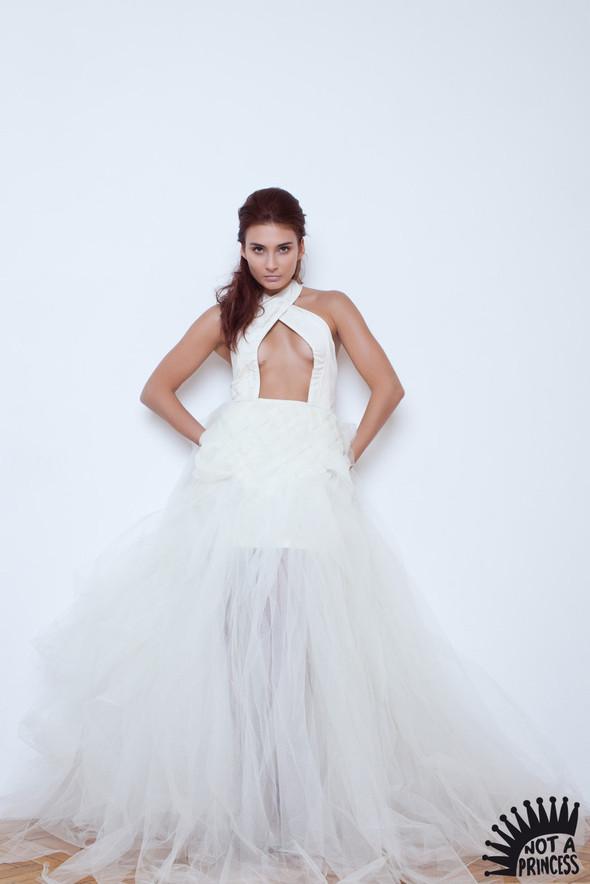 NOT A PRINCESS - новый бренд, дизайнерские свадебные платья. Изображение № 8.