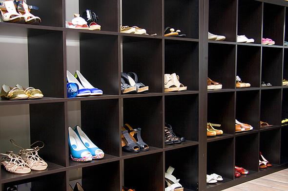 Испанская обувь. Изображение № 2.