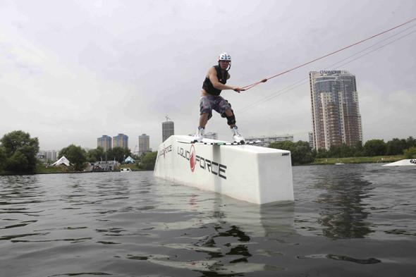 Тренировка в «Траектория парке», «ВО-Клуб». Трюк Backside Boardslide . Изображение № 11.