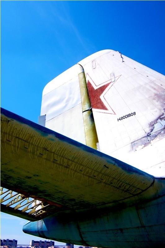 Сто рублей охраннику кладбища советской авиации. Изображение № 20.