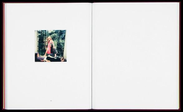 20 фотоальбомов со снимками «Полароид». Изображение №247.