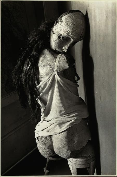 Сюрреалистические куклы Ханса Беллмера. Изображение № 6.
