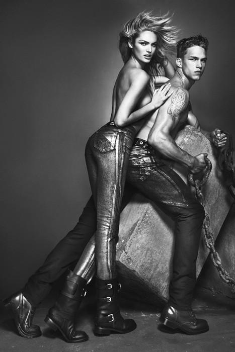 Превью кампаний: Givenchy, Jean Paul Gaultier, Versace и другие. Изображение № 9.