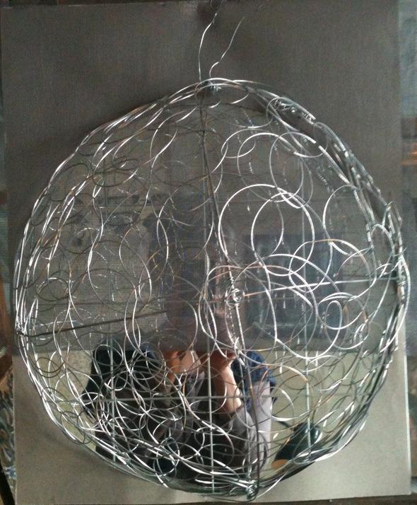 Выставка произведений московского художника Гали Луцкой «Проволока». Изображение № 1.
