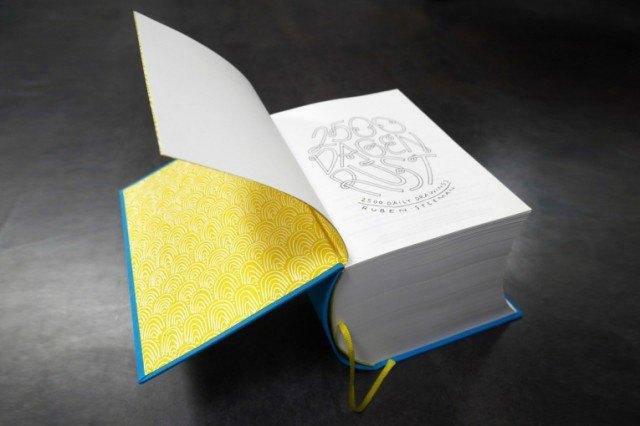Иллюстратор издал 3,5-килограммовую книгу с 2 500 рисунками . Изображение № 3.