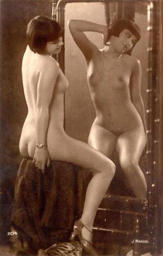 Части тела: Обнаженные женщины на винтажных фотографиях. Изображение № 22.