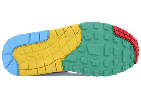 Nike Pantone MixPack. Изображение № 5.