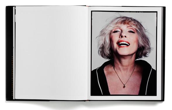 9 известных дизайнеров и художников советуют must-read книги по искусству. Изображение № 62.