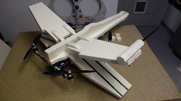 Энтузиаст собрал дрон в виде истребителя X-Wing. Изображение № 12.