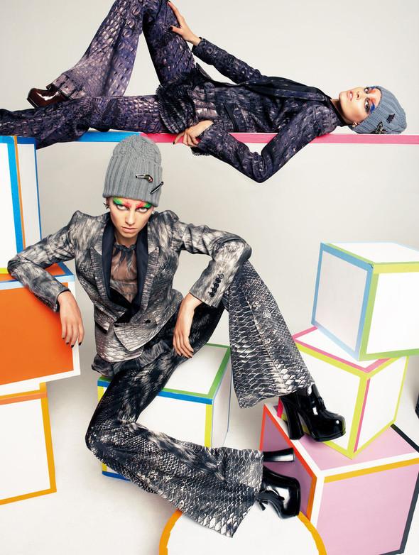 Съёмки: 25, Dazed & Confused, Vogue и другие. Изображение № 61.
