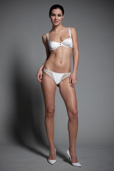 Новости ЦУМа: Коллекция нижнего белья Джулии Рестуан-Ройтфельд для Kiki de Montparnasse. Изображение № 3.