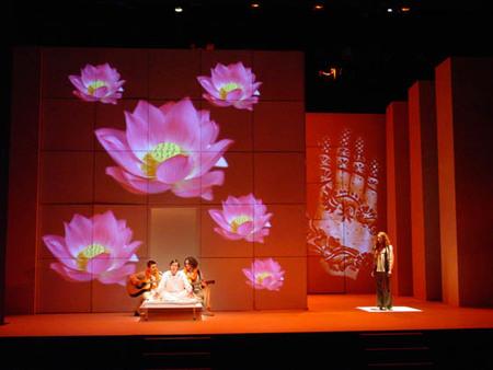 Collaborators Театр начинается свешалки. Изображение № 8.