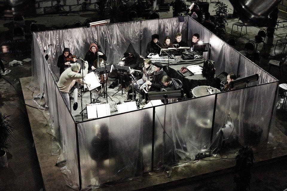 «Три четыре»: Фоторепортаж с репетиции оперы в подвале Москва-Сити. Изображение № 8.