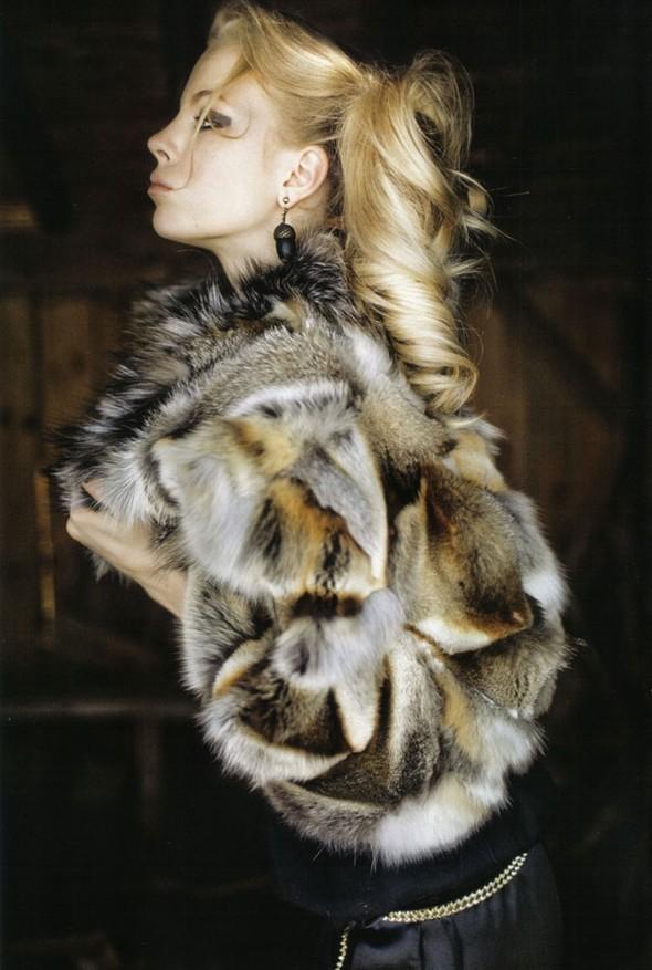 Wild Marie Claire Italy November 2009. Изображение № 5.