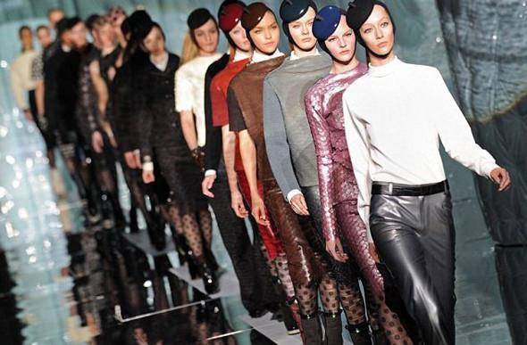 Показ Marc Jacobs FW 2011 на Неделе моды в Нью-Йорке. Изображение № 1.