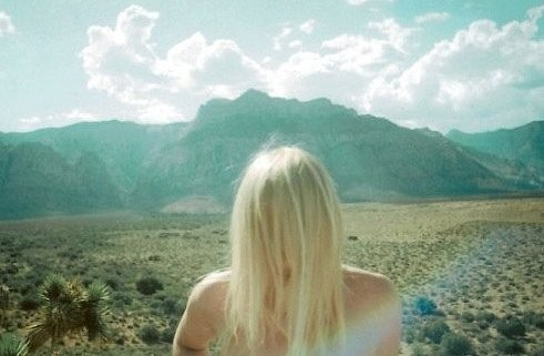 В этом есть чудо-прелесть - пускать по ветрам волоса. Изображение № 20.