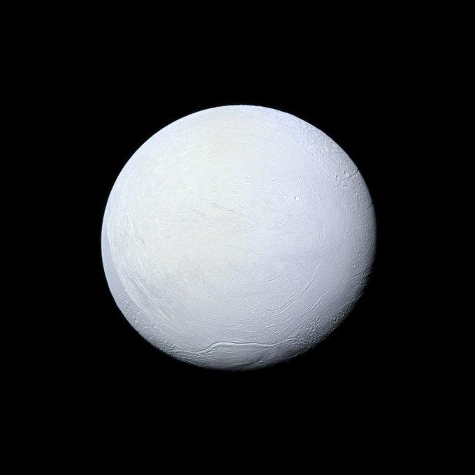 NASA разрабатывают миссию по поиску жизни на Энцеладе . Изображение № 1.