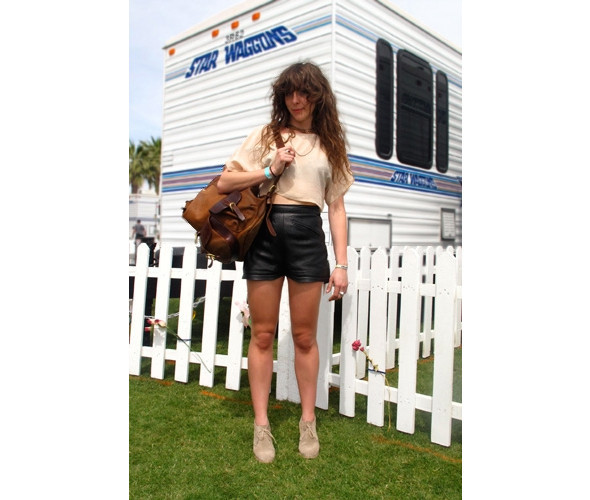 Стрит-стайл на фестивале Coachella. Изображение № 3.