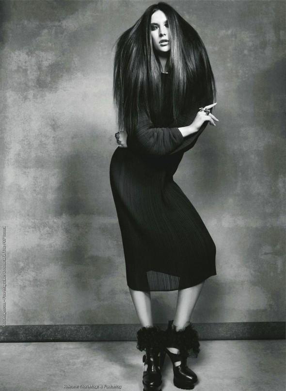 Съёмка: Жаклин Яблонски для Harper's Bazaar. Изображение № 6.