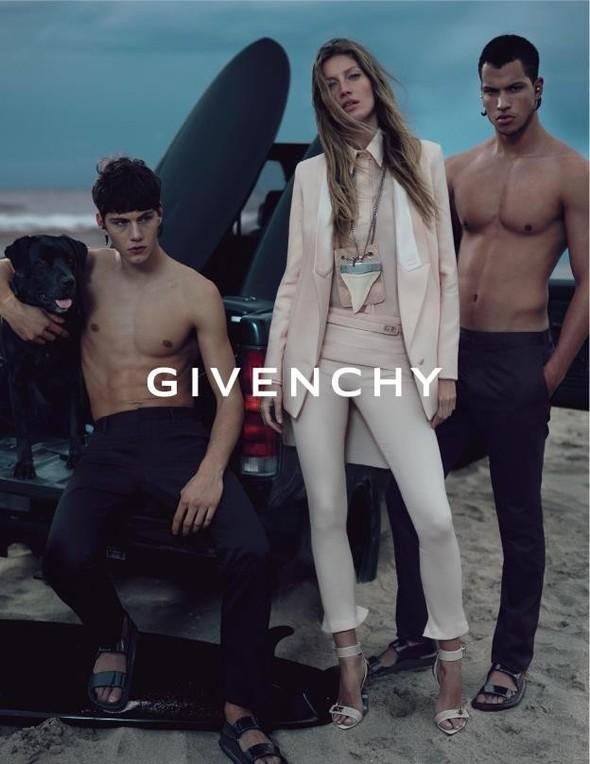 Кампания: Givenchy SS 2012. Изображение № 4.