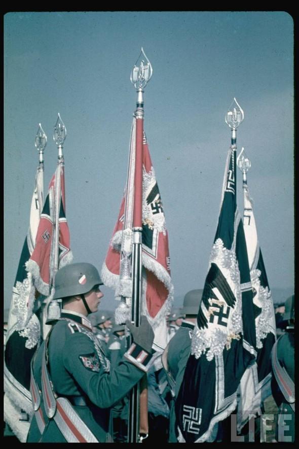 100 цветных фотографий третьего рейха. Изображение №8.