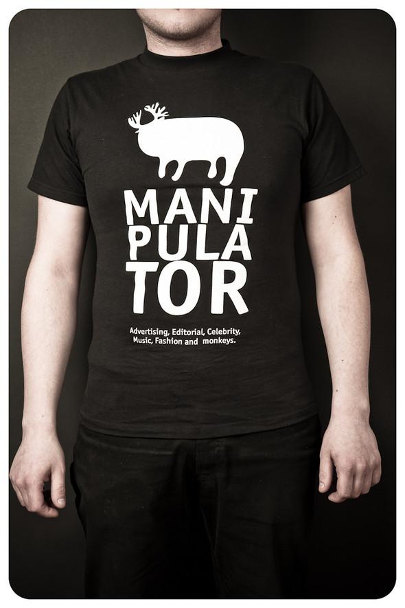 MANIPULATOR T-Shirt. Изображение № 3.