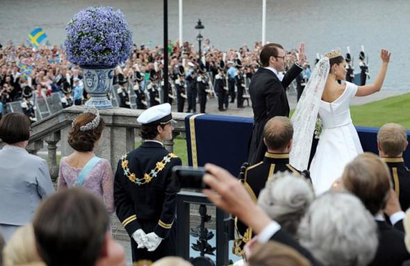 Свадьба шведской кронпринцессы Виктории. Изображение № 7.