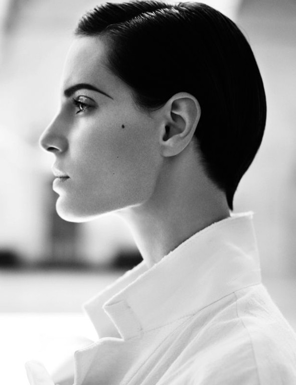 Съемка: Белая Ирис в Vogue Germany October 2011. Изображение № 1.