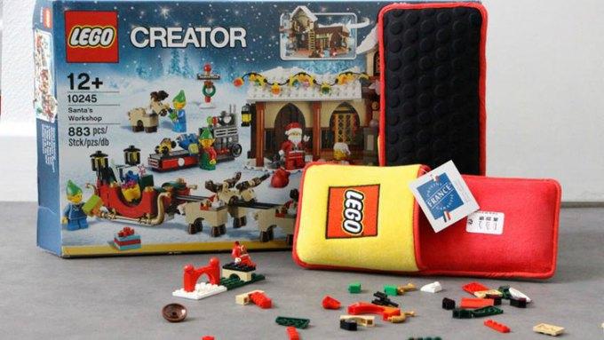 Lego выпустила тапочки с защитой от конструктора . Изображение № 1.