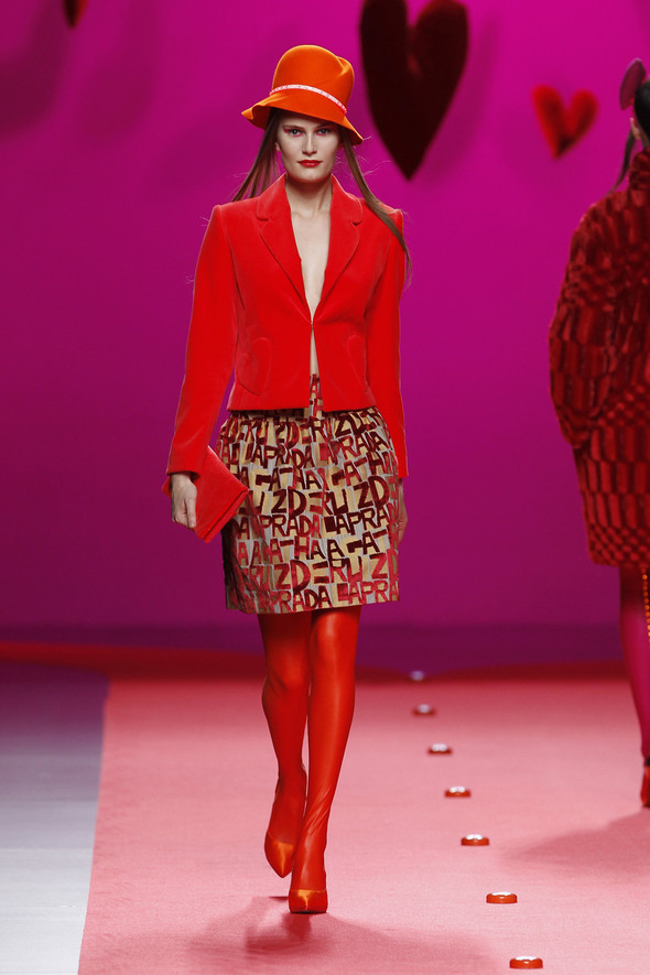 Испанцы Fall Winter 2011/2012: AGATHA RUIZ DE LA PRADA. Изображение № 3.