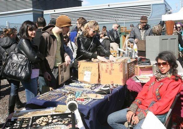 Изображение 9. Brooklyn Flea Market.. Изображение № 11.