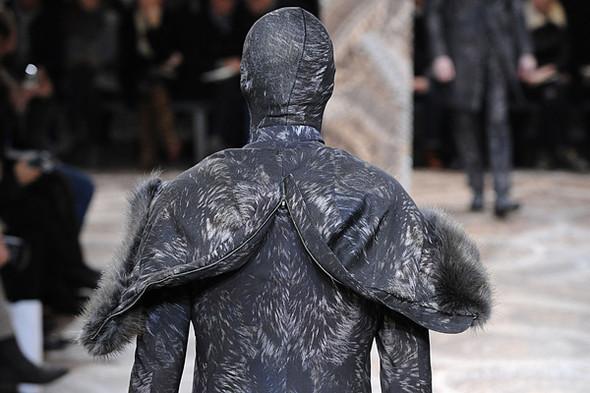 Что носить осенью: мужские показы в Милане. Изображение № 207.