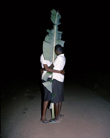 12 альбомов фотографий непривычной Африки. Изображение № 11.