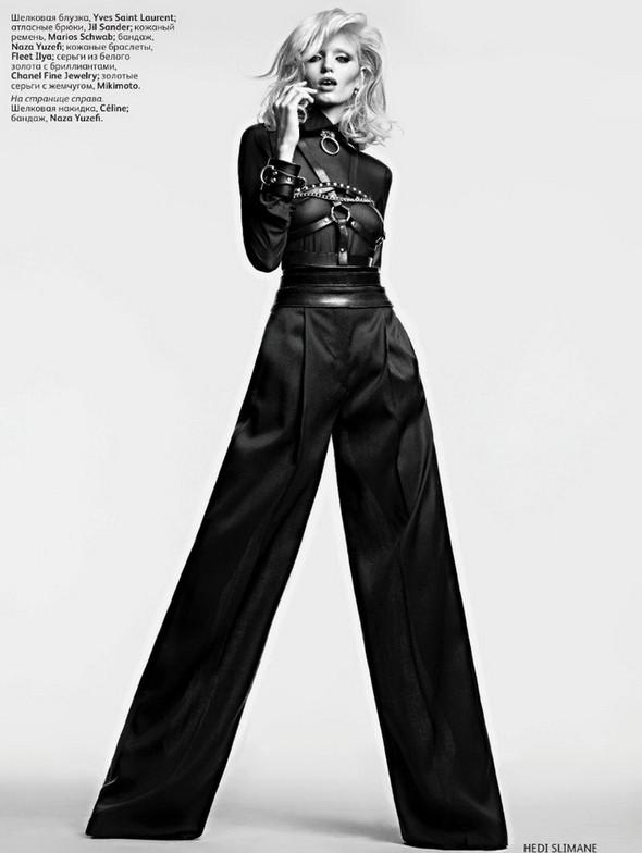 Изображение 6. Эбби Ли Киршоу для апрельского Vogue Russia.. Изображение № 7.