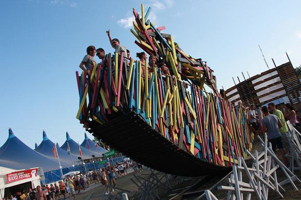 Дневник с фестиваля Sziget: DIY-рай, бар Чака Норриса и танцы под The XX. Изображение № 13.