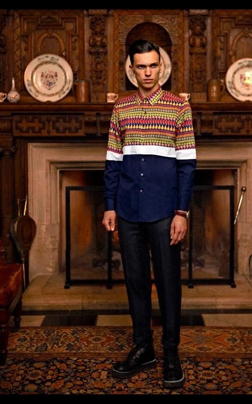 Givenchy, Comme des Garçons, Folk и другие марки показали новые лукбуки. Изображение № 64.