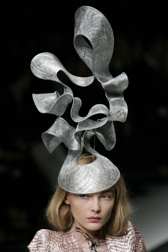 Дело в шляпе: 10 известных шляпников. Изображение № 8.