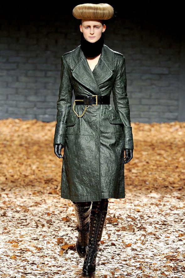 Лукбук McQ by A. McQueen F/W 2012-13, Женская и мужская коллекции. Изображение № 7.