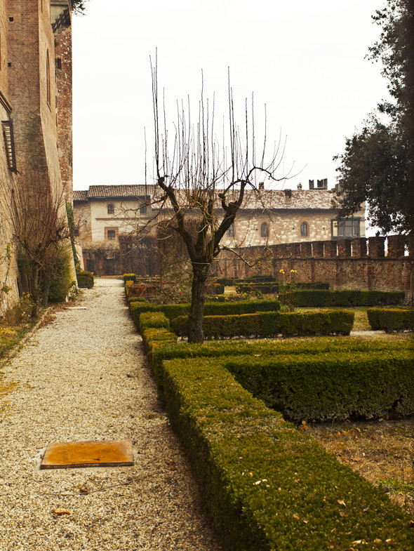 Обитаемые замки Пьемонта, где и сегодня живут графы и маркизы. Изображение № 8.