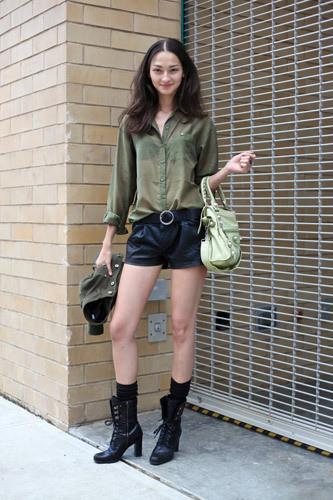 Нерабочее время: Блоги об уличном стиле моделей. Изображение № 7.